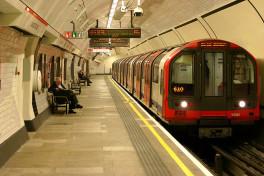 800px-Lancaster_Gate_tube